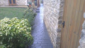 Printed Concrete Path in Charcoal Cobble